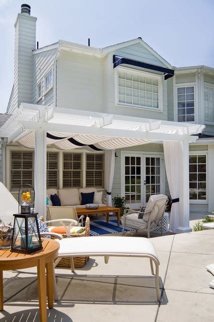 18 Inspiring Coastal Patio Designs That Will Fill Your