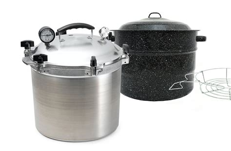 Difference between: water bath and pressure canning
