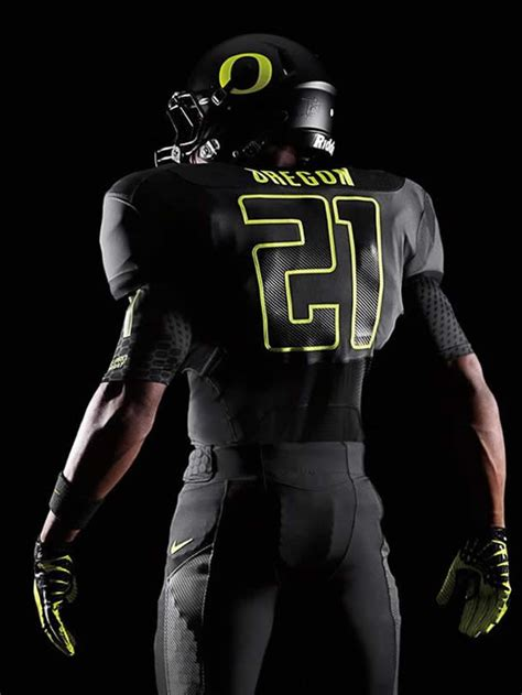 New Oregon Uniforms for LSU Game - Saturday Down South