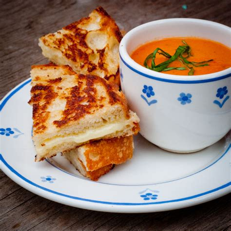Creamy tomato soup and the ultimate grilled cheese