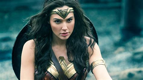 'Wonder Woman: 1984' Moves To 2020, 'Charlie's Angels