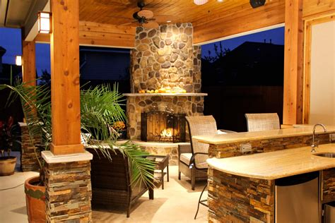 Patio Cover With Fireplace & Kitchen In Firethorne - Texas