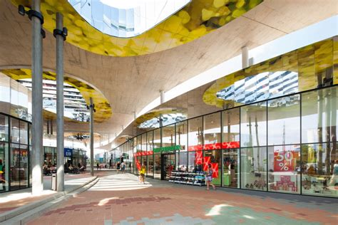 Shopping Nord Graz / BEHF Corporate Architects | ArchDaily