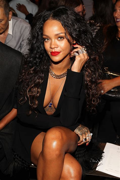 The Everything Index: The Rihanna Navy Attacks! - Rolling