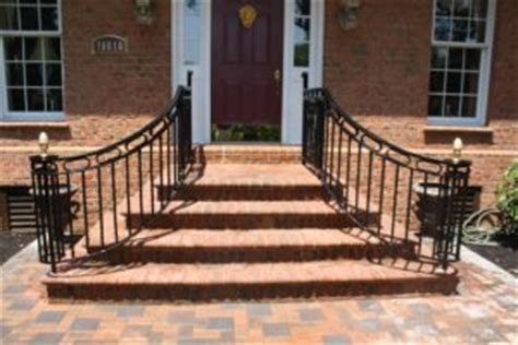 Curved Railings Make All The Difference