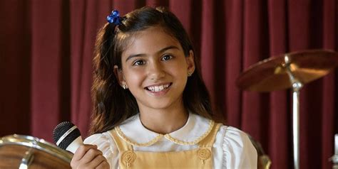 Who Plays Young Selena In the Netflix Series? Meet Madison