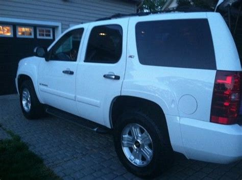 Purchase used 2009 Chevrolet Tahoe LS 5